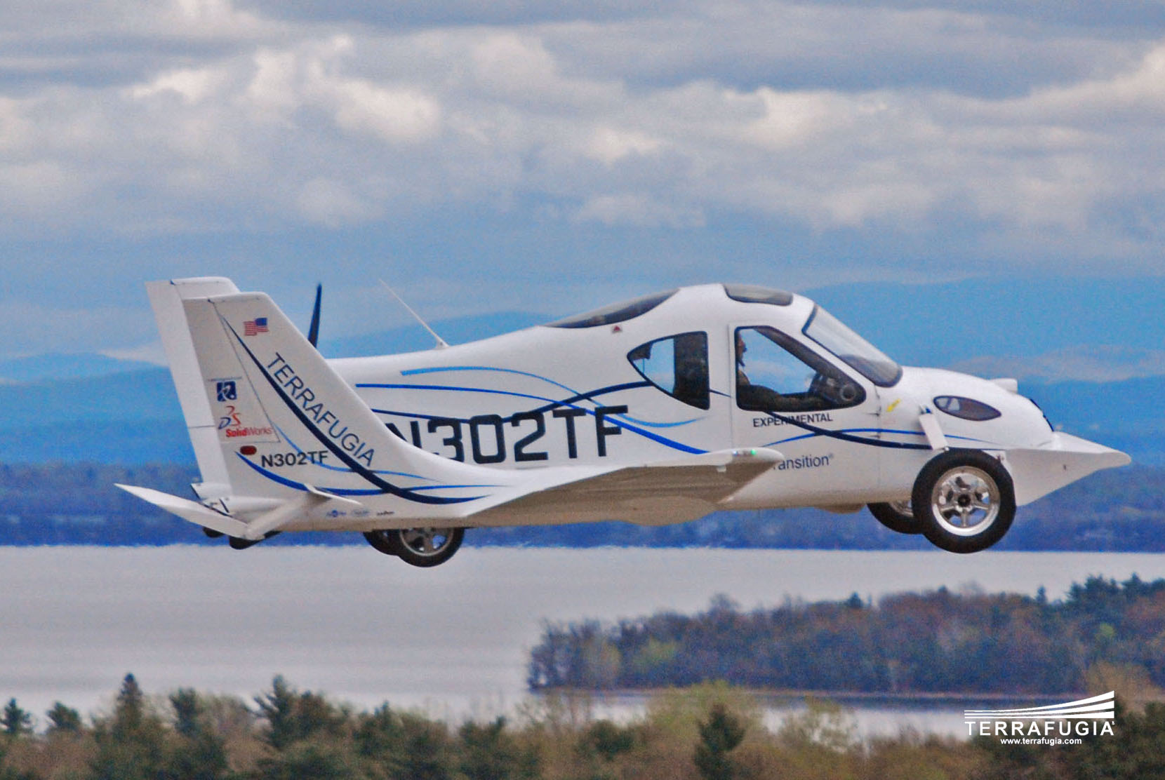 Quot Terrafugia Transition Quot Car That Can Fly As Well As Drive