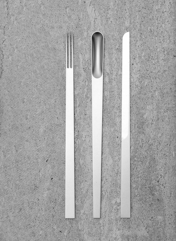Elise Rijnberg's Piattona sees a seamless curated culinary assemblage brought to life. Originally designed as a prototype, this beautifully minimalist set is a response to the hurried thoughtless consumption of our frazzled times and seeks to get people to relax and take time to enjoy their food. The streamlined silverware set has a series of strong lines that simplify and force the user to engage in another way, to the act of using the items; and consequently to the act of eating itself.:
